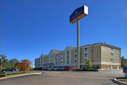 Exterior | Candlewood Suites Pearl