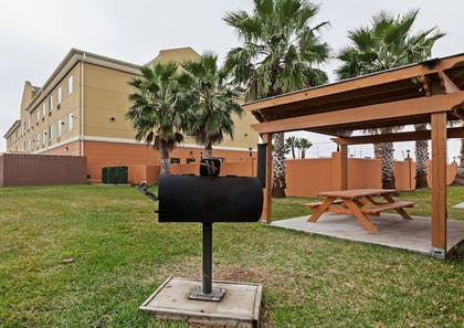 Exterior | Holiday Inn Express & Suites Corpus Christi NW - Calallen