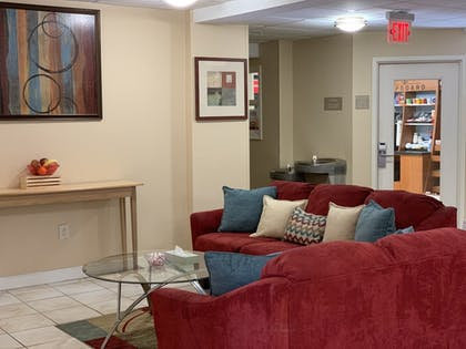 Lobby | Candlewood Suites Wilson
