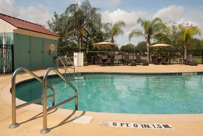 Outdoor Pool | Springhill Suites by Marriott Orlando Airport