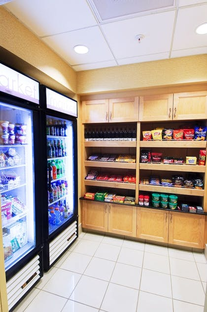 Snack Bar | SpringHill Suites by Marriott Fresno