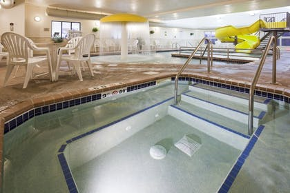 Indoor Spa Tub | Expressway Suites Fargo