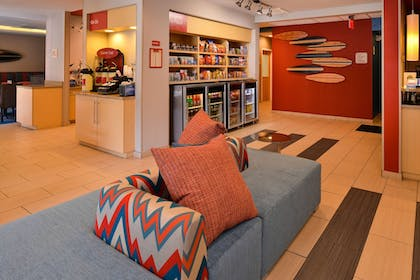 Hotel Interior | TownePlace Suites by Marriott Wilmington/Wrightsville Beach