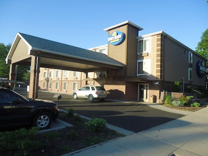 Featured Image |  | Town House Extended Stay Hotel Downtown