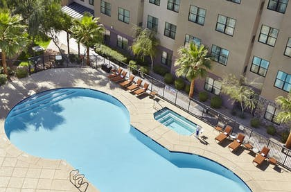 Outdoor Pool | Residence Inn by Marriott Phoenix North/Happy Valley