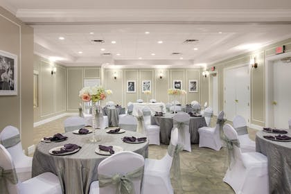 Banquet Hall | The Point Hotel & Suites
