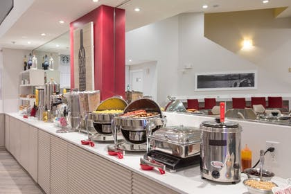 Buffet | The Point Hotel & Suites