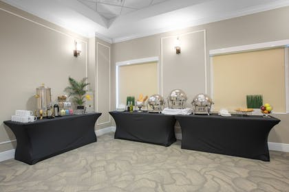 Meeting Facility | The Point Hotel & Suites