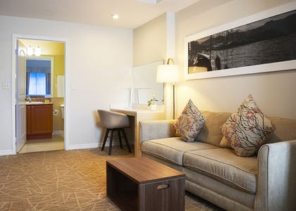 Living Area | The Point Hotel & Suites