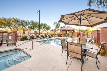 Pool | Comfort Suites Goodyear