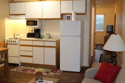 In-Room Kitchenette | Affordable Corporate Suites Christiansburg