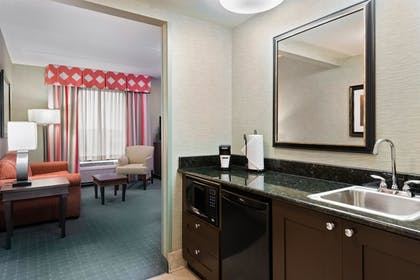 Guestroom | Hampton Inn & Suites Columbus Polaris
