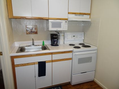 Private Kitchen | Affordable Corporate Suites - Florist Road