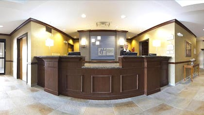 Reception | Holiday Inn Express & Suites Morris