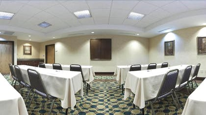 Meeting Facility | Holiday Inn Express & Suites Morris