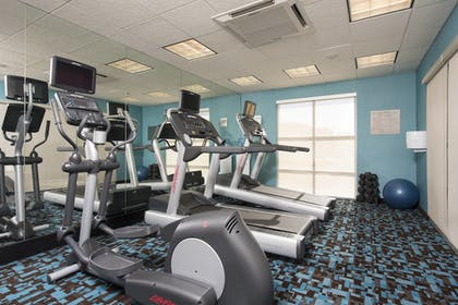Sports Facility | Fairfield Inn & Suites by Marriott Omaha Downtown