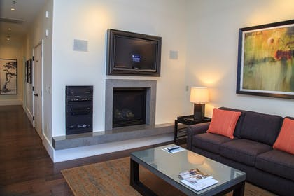 Living Room | Fairmont Heritage Place, Ghirardelli Square