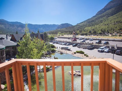 Guestroom View | The Retreat on Charleston Peak