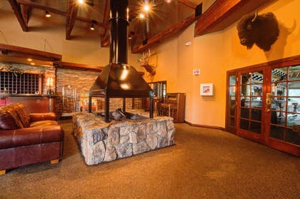 Lobby | The Retreat on Charleston Peak