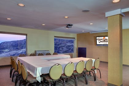 Meeting Facility | The Retreat on Charleston Peak