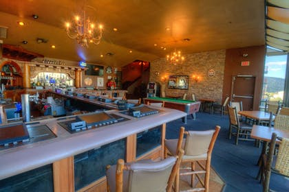 Hotel Bar | The Retreat on Charleston Peak