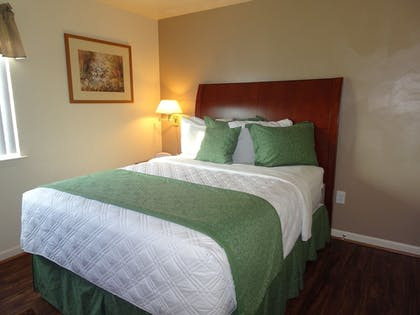 Room | Affordable Corporate Suites - Lanford