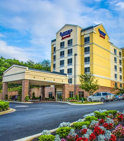 Hotel Front | Fairfield Inn by Marriott Washington D.C.