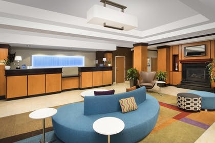 Lobby | Fairfield Inn by Marriott Washington D.C.