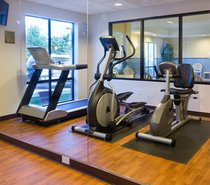Fitness Facility | Comfort Suites Fredericksburg North