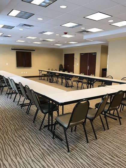 Meeting Facility | Comfort Suites Fredericksburg North
