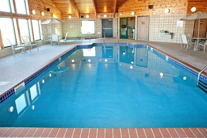 Indoor Pool | Americinn by Wyndham Lincoln South