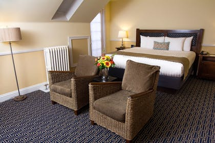 | Suite, 1 King Bed, Corner | Majestic Inn & Spa