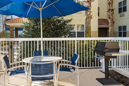 BBQ/Picnic Area | TownePlace Suites by Marriott Pensacola