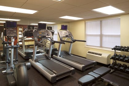 Sports Facility | TownePlace Suites by Marriott Jacksonville