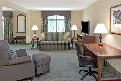 | 1 King Bed, Suite, Non-Smoking | Wingate by Wyndham Charleston University Boulevard
