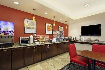 Buffet | TownePlace Suites by Marriott St. George
