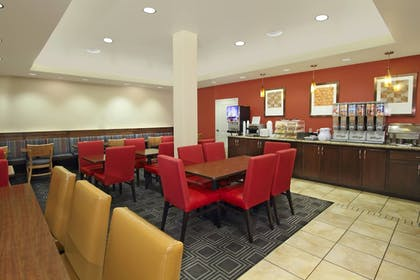 Restaurant | TownePlace Suites by Marriott St. George