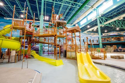 Featured Image | Great Wolf Lodge Illinois