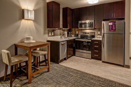 In-Room Kitchen | Residence Inn by Marriott Nashville at Opryland
