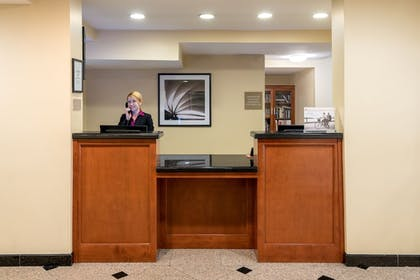 Lobby   Candlewood Suites LAX Hawthorne