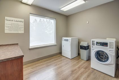 Laundry | Holiday Inn Express & Suites Foley