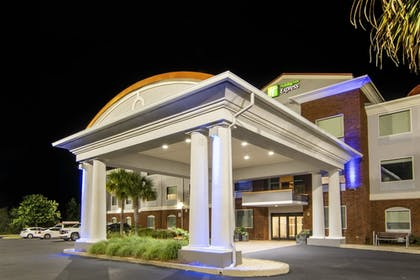 Exterior | Holiday Inn Express & Suites Foley