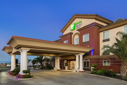 Featured Image | Holiday Inn Express & Suites Chowchilla - Yosemite Park Area