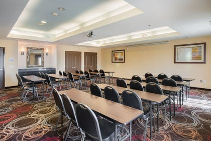 Meeting Facility | Holiday Inn Express & Suites Chowchilla - Yosemite Park Area