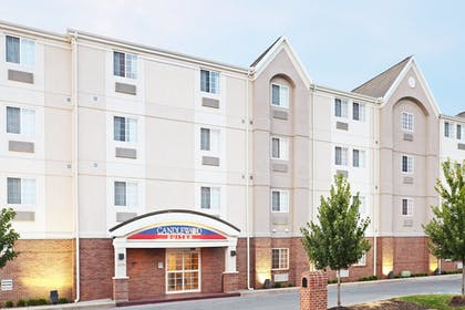 Featured Image | Candlewood Suites Fayetteville – University of Arkansas