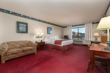 Guestroom | Hoover Dam Lodge