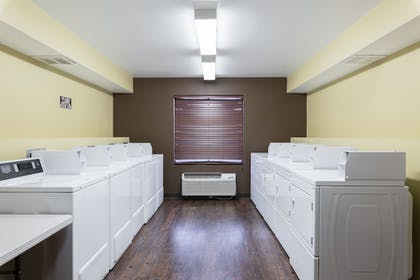 Laundry Room | Hoover Dam Lodge