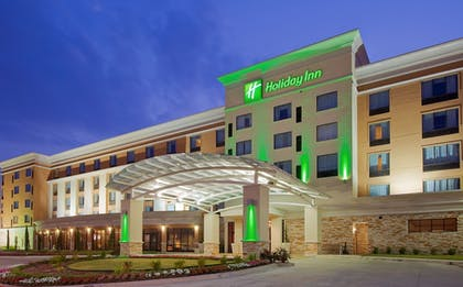 Exterior | Holiday Inn Fort Worth North-Fossil Creek