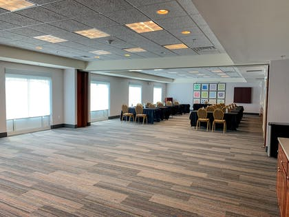 Meeting Facility | Holiday Inn Express & Suites Lexington Dtwn Area-Keenland