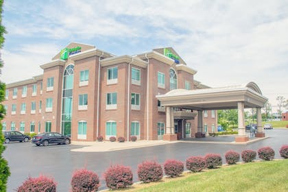Exterior | Holiday Inn Express & Suites Lexington Dtwn Area-Keenland